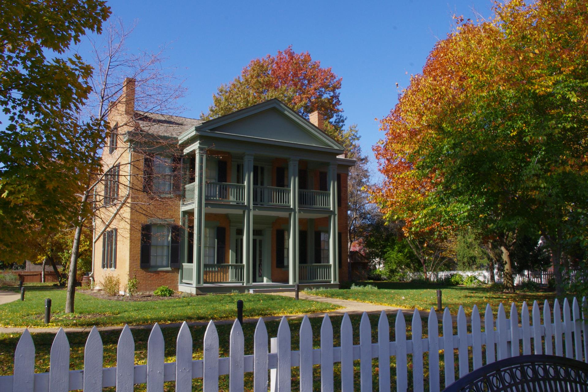 Historic Hanley House in the fall